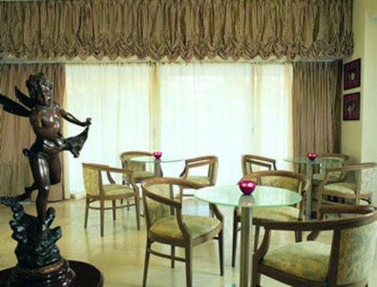 Amarilia Hotel: Lobby