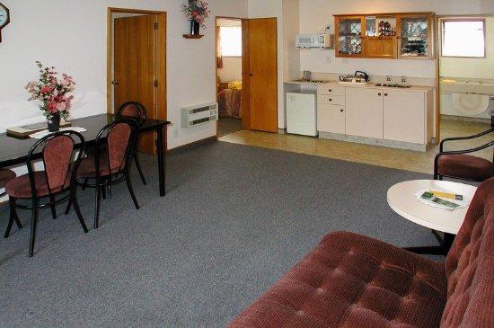 Asure Highpark  Motor Inn : Lobby
