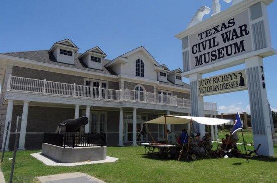 Texas Civil War Museum, Log Cabin...