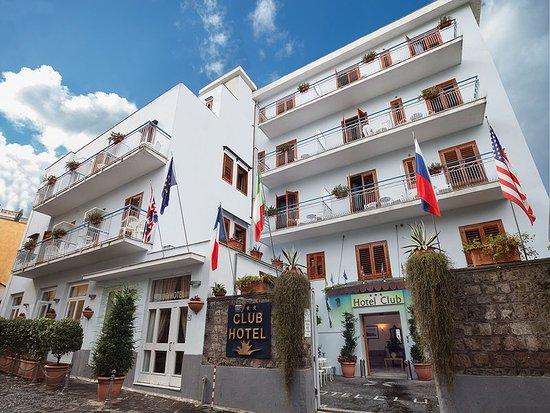 Hotel Club Sorrento: Exterior