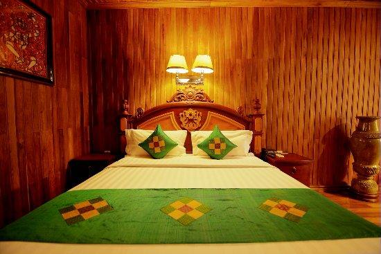 Ta Prohm Hotel: Junior Suite