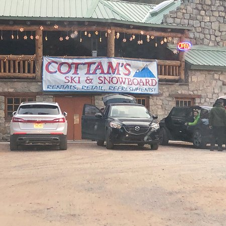 Cottam's Ski Shop