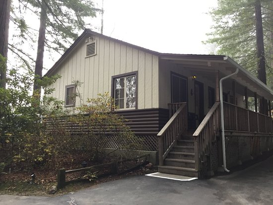 Miranda, Καλιφόρνια: Cottage 12, 2 rooms with shared bathroom