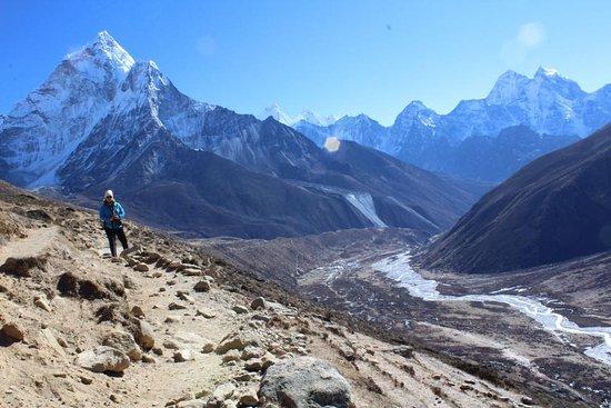 Royal Mountain Travel: Everest Trek