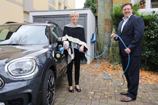 Villa Godesberg: Electric/Hybrid Vehicle Charging Point at the Hotel