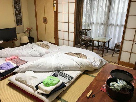 Hinodeya: 榻榻米卧室