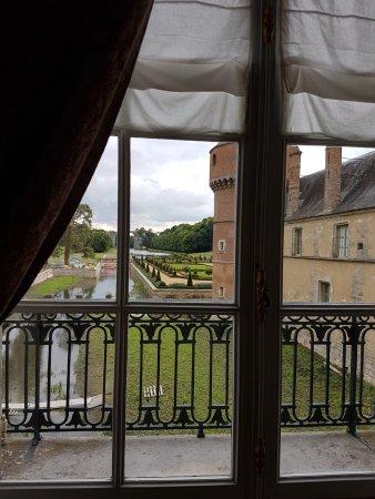 Château de Maintenon : Вид на парк из замка.