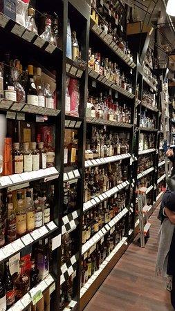 Liquors Hasegawa Honten