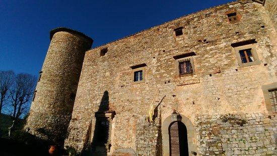 il fronte del castello