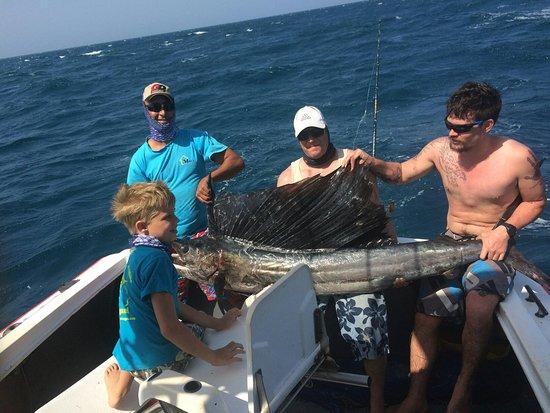 Mike's Deep Sea Fishing Pangani照片