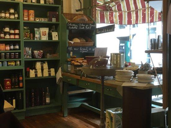 Louis' Deli & Cafe: photo0.jpg