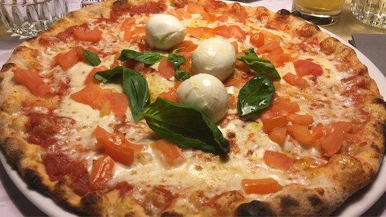 Pizzeria La Terrazza - Picture of Pizzeria La Terrazza, Montebelluna ...