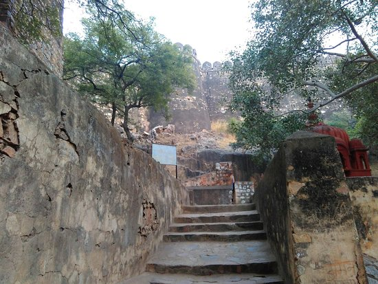 Jhansi Fort: IMG_20180103_173138_large.jpg