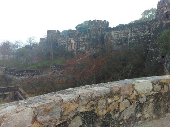 Jhansi Fort: IMG_20180103_172451_large.jpg