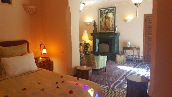 فندق دار أينيوين: 20171215_120535_large.jpg