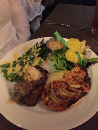 มอนทีเกิล, เทนเนสซี: Filet and Shrimp