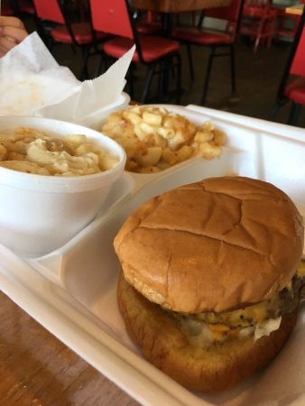 Vidalia, LA: Kids meal with an extra Mac n cheese