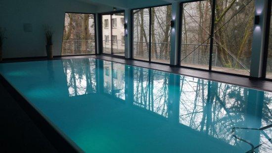 Luisenthal, Almanya: kleines Schwimmbad