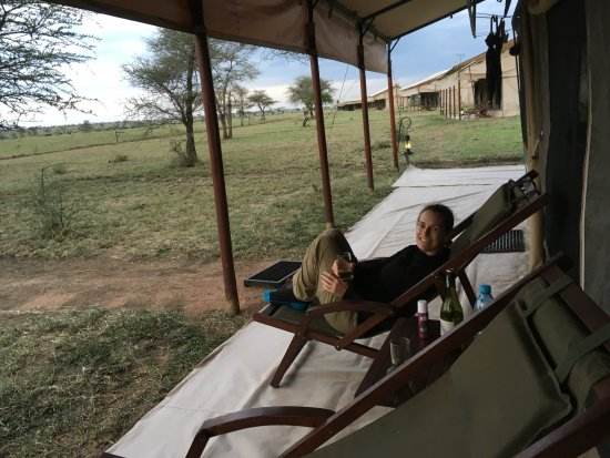 Easy Travel & Tours Ltd: Serengeti Tanzanian Bush Camp