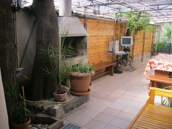 Studiya Guest House: Двор 08