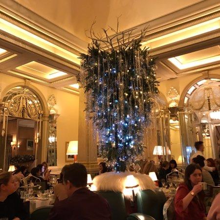 תמונה מThe Foyer At Claridge's