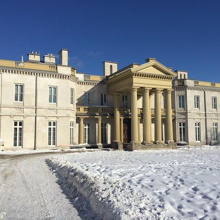 תמונה מDundurn Castle