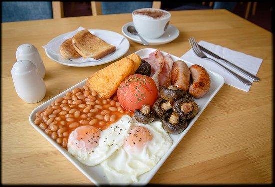 Club House 1896: Full English Breakfast