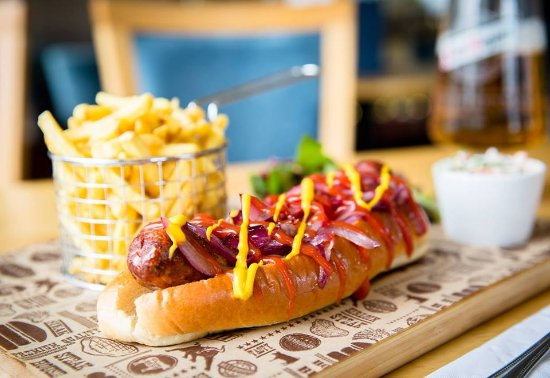 Club House 1896: Classic Hotdog