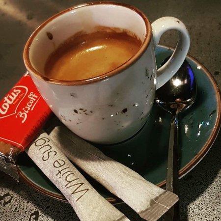 Yolo Gastro Bar & Grill: Great coffee 😋😋😋
