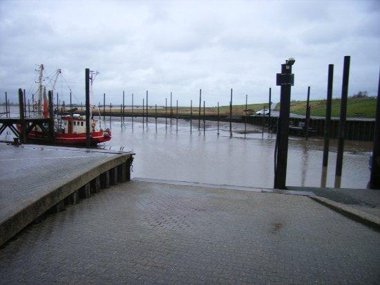 Ditzum, ألمانيا: Hafen - Ditzum - Fähranleger.