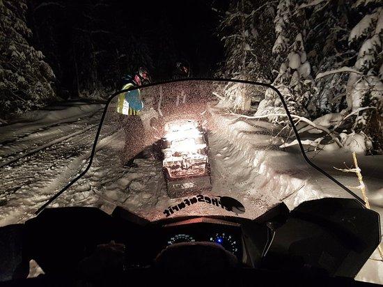 Perhesafarit Snowmobile Safaris: 20180106_172432_large.jpg
