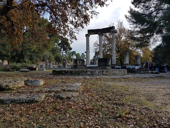 TaxiKatakolo Tours to Ancient Olympia: over 3000 years of history makes you humble.....