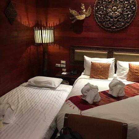 Ruenkanok Thai House: photo1.jpg