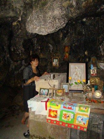 Vayots Dzor Province, Armenia: Джераванк, пещерная церковь