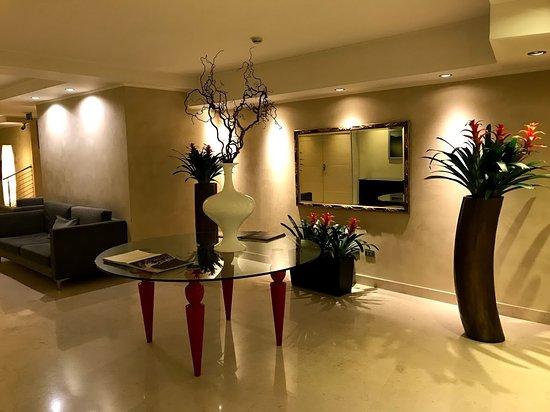 NH Collection Roma Giustiniano: Very nice lobby area