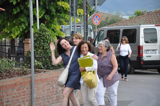 Castiglione del Lago, Italie : having fun on tour