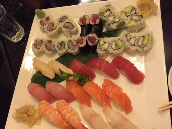 "Manhasset, État de New York : ""Sushi for two"""