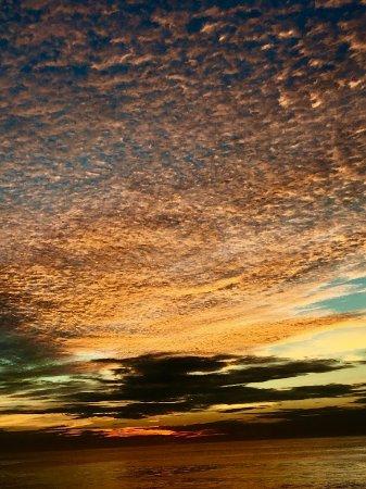 La Cruz de Huanacaxtle, México: Sunset on Banderas Bay