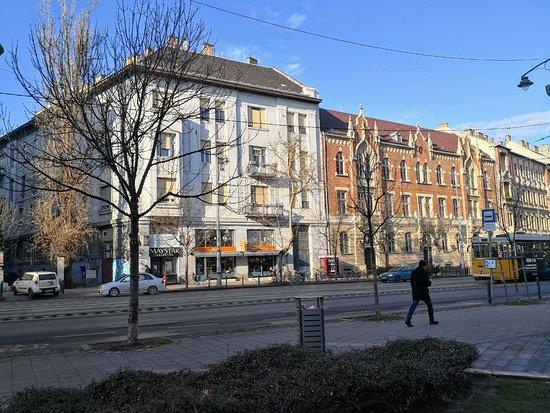 Gardonyi Square