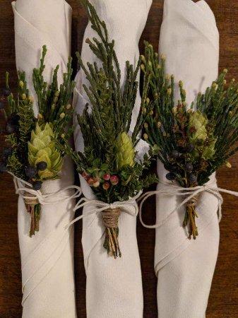Beau Cambridge Brewing Company: Florist Table U0026 Tulip (Boston(