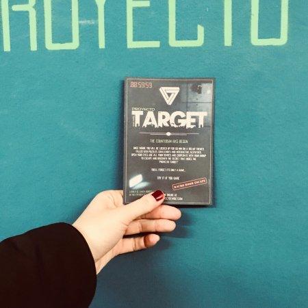 Target Macro Room Escape Barcelona