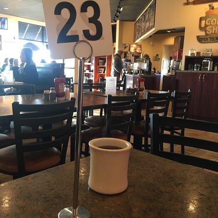 Sellersburg, IN : Cricket's Cafe