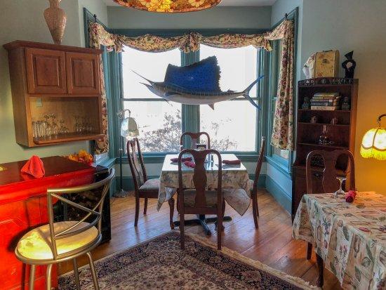 Bethel, ME: Dining Room