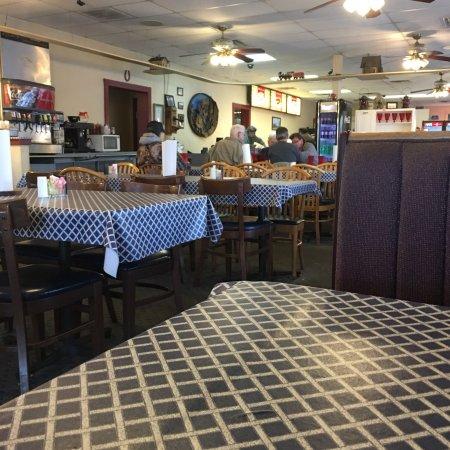 Jeffersonville, IN: Ann's By The River
