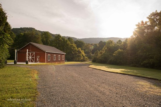 Lovingston, VA: Our newly renovated vintage barn is perfect for weddings & events!