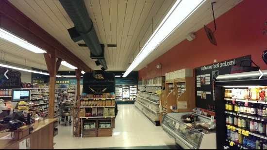 Kettle Falls, WA: Inside our humble little store.