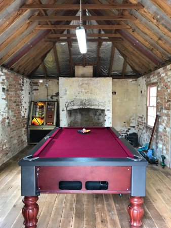 Braidwood, Australia: We've renovated the blue room and moved the pool table and a juke box in.