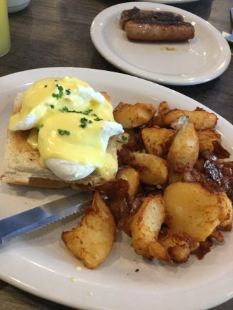 Dunlop Street Diner: The D.S.D Benedict, served on a bacon grilled cheese sandwich! Complete with delicious homefries