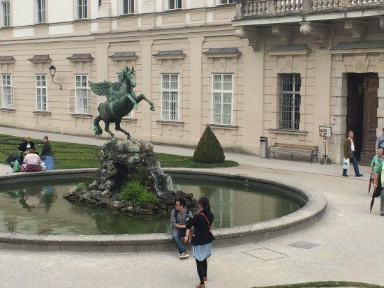 Mirabell Palace and Gardens: cenario do filme A novica rebelde