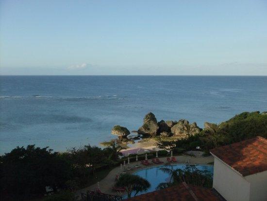 Nirai Beach: ニライビーチ 朝の風景
